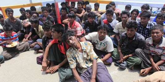 réfugiés Rohingyas arrêtés à la frontière du Bangladesh (2012, REUTERS)