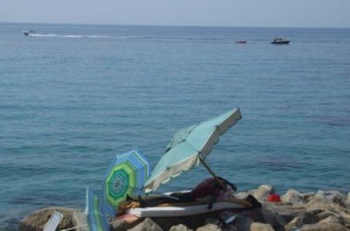 Article : A proximité des migrants, la plage